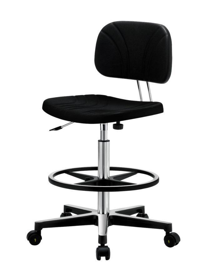 sgabello con schienale basso nero con poggiapiedi e ruote e regolabile in altezza