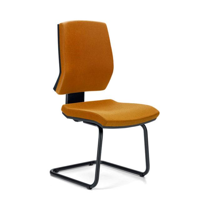 sedia da ufficio design con base a slitta schienale alto color senape