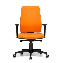 sedia ufficio arancione con schienale alto e base con ruote