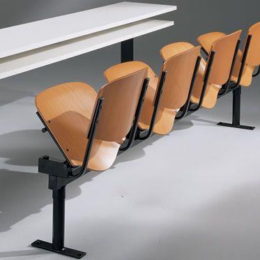 banco lungo per scuola con sedute in faggio e barra portante in acciaio vermniciato nero