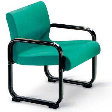 sedia per sala d'attesa con struttura in acciaio verniciato nero e rivestimento verde