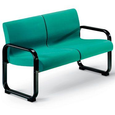combinazione due posti per sala d'attesa con struttura in acciaio verniciato nero