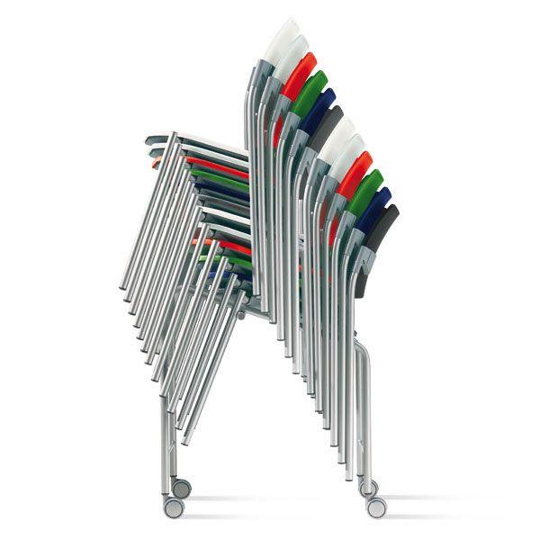 sedie impilabili di vari colori