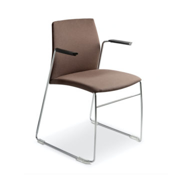 Aris 660 chair with armrest front view