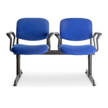 Koinè 450 beam seating with armrests